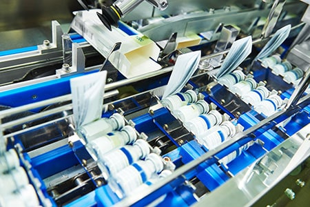 Pharmaceutical Bottle Packing Production Line Conveyer at Manufacture Pharmacy Factory